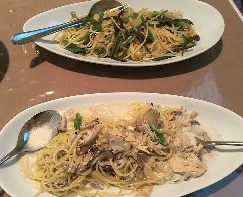 山菜スパゲティとクリームスパゲティ