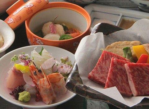 ホテル四季彩の会席料理