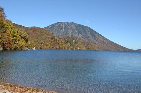 中禅寺湖紅葉の写真