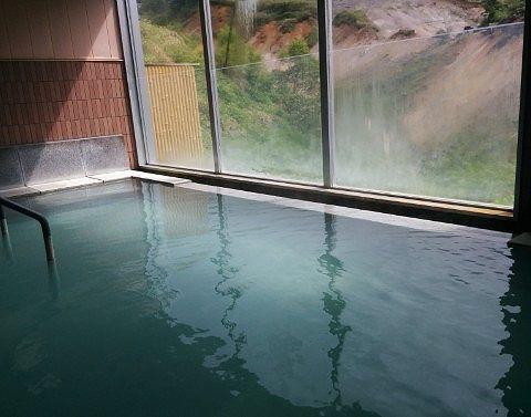百泉の湯の内湯の様子
