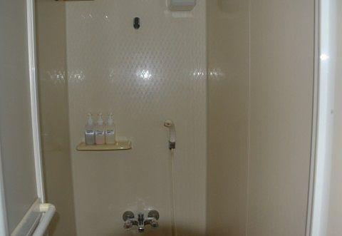 客室シャワーの様子