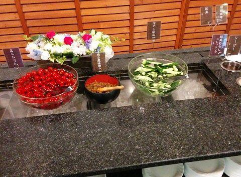 ミニトマト、焼きネギ味噌、冷やし胡瓜