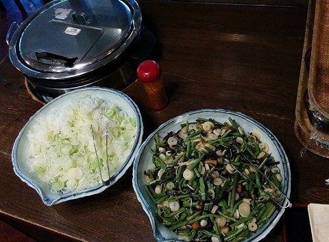 わんこ蕎麦の具とつゆ