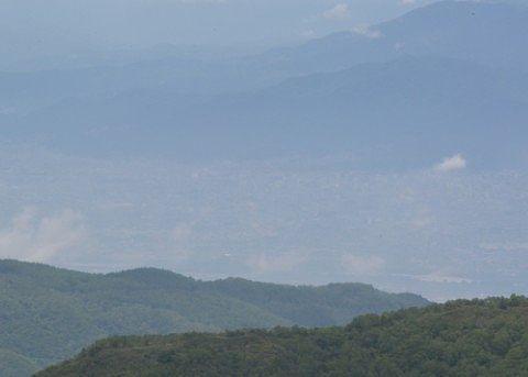 横手山ドライブインから見えた長野市の景色
