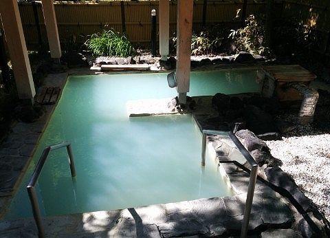 変わった形の露天風呂