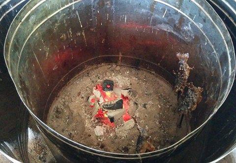 魚を焼いてるところ