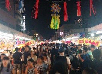 桐生八木節祭り夜の人出