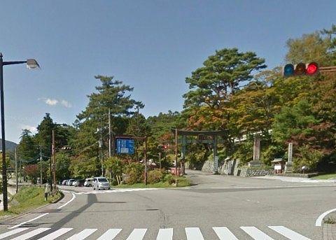 日光二荒山神社中宮祠前の交差点
