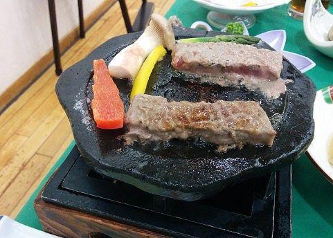 牛肉を焼いてるところ