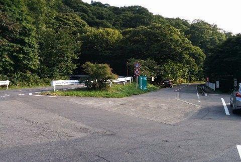 赤城森林公園ふれあいの森入口前駐車場