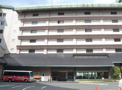 ホテル鬼怒川御苑のエントランス