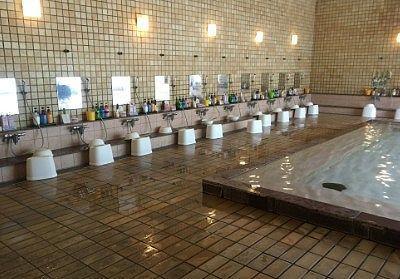 女性用大浴場洗い場の様子
