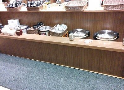 ご飯や味噌汁コーナー