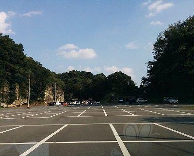 大きい大谷資料館駐車場