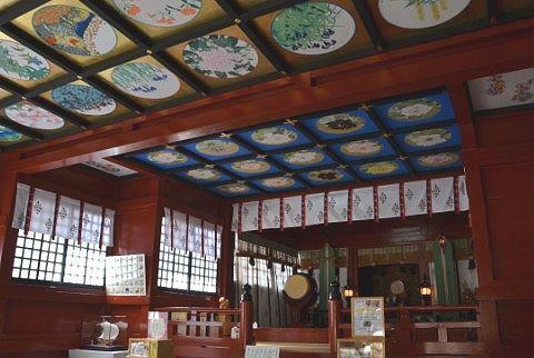 神楽殿の天井画