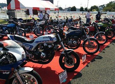 個人オーナーのバイクの展示の様子